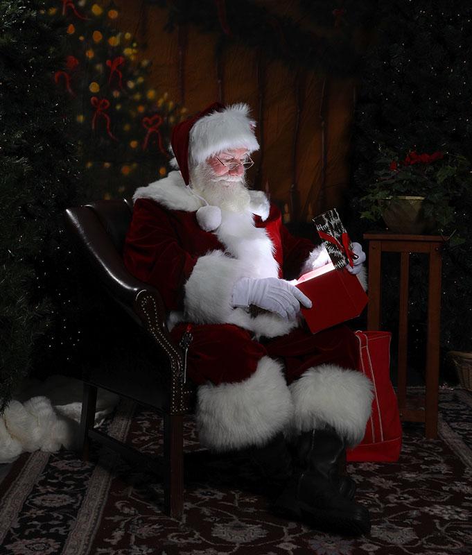 Santa Claus Visits RI